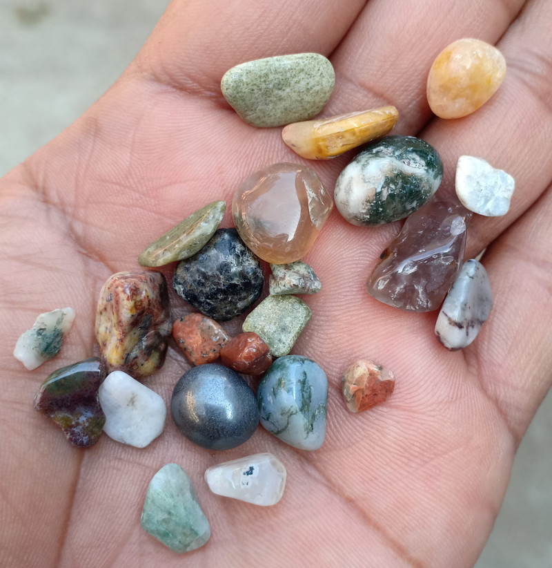 100 Carats Mixed Gemstones Tumbled 100% Natural & Untreated VA459