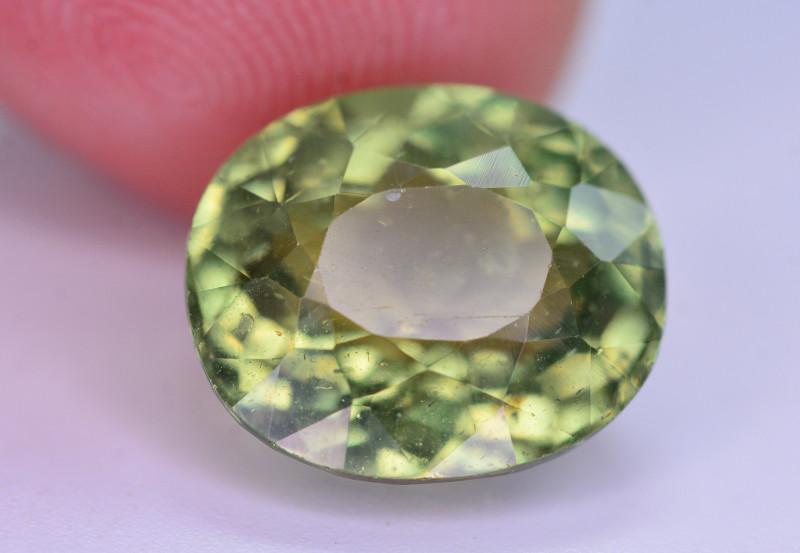 Amazing Quality 8.05 Ct Natural Green Apatite. ARA