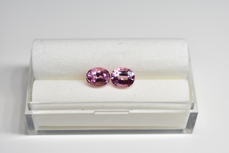 2.77 CARATS BEAUTIFUL EYE-CLEAN UNTREATED PINK SPINEL