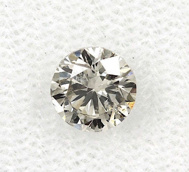 0.60ct Natural Light greyish  Yellow Diamond IGI certified