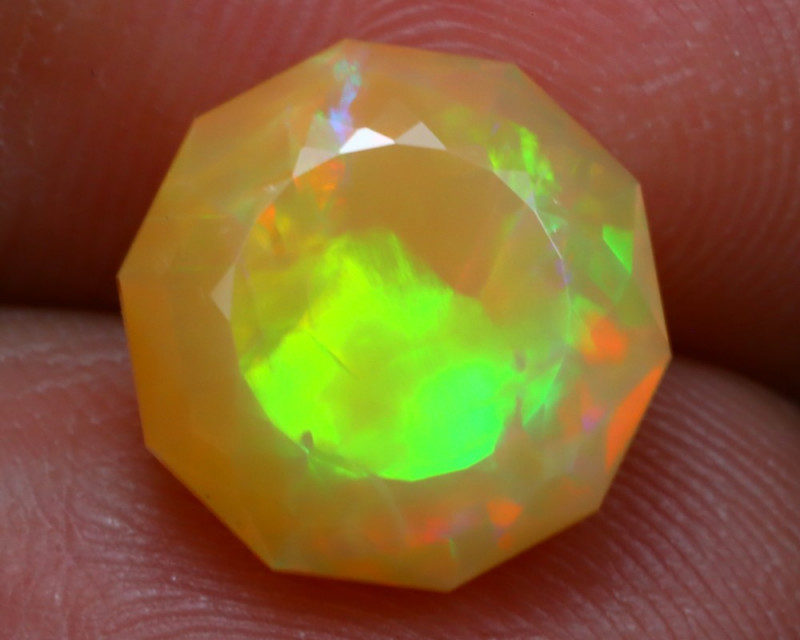 2.92Ct Master Cutting Natural Ethiopian Faceted Welo Opal AN100