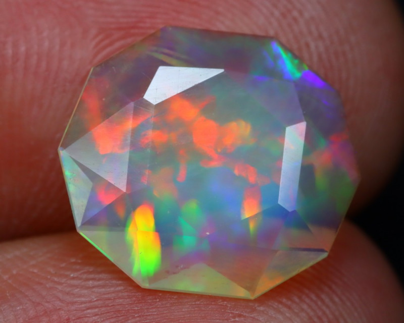 3.32Ct Master Cutting Natural Ethiopian Faceted Welo Opal AN102