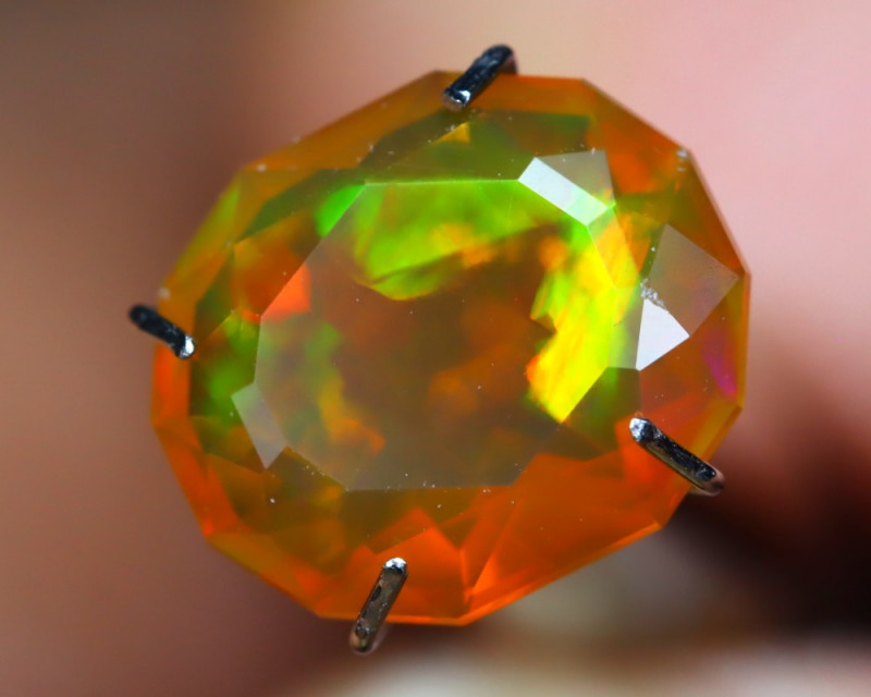 1.97Ct Master Cutting Natural Ethiopian Faceted Welo Opal AN104