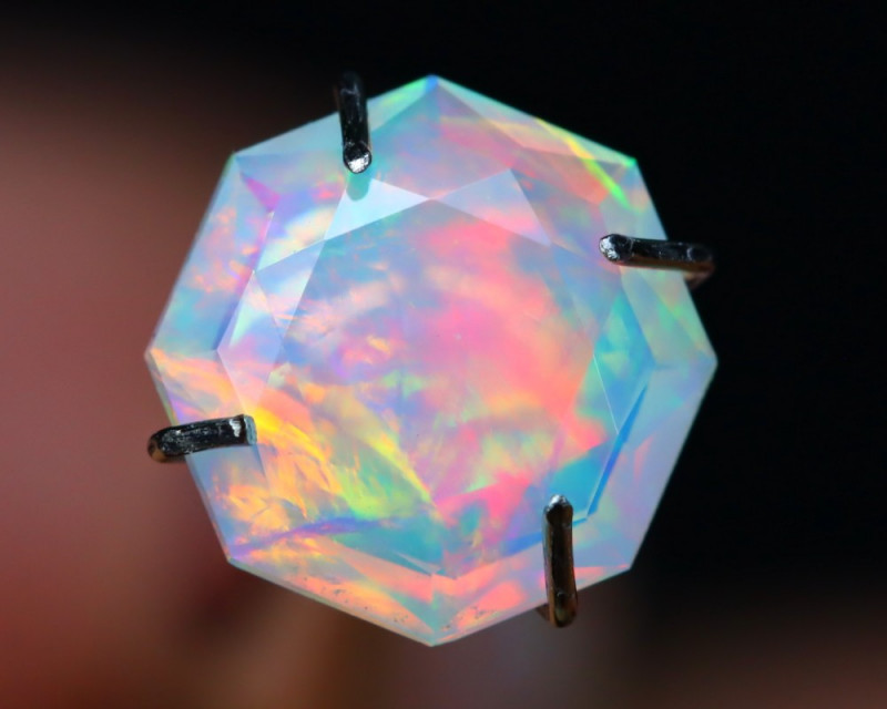 0.89Ct Master Cutting Natural Ethiopian Faceted Welo Opal AN106
