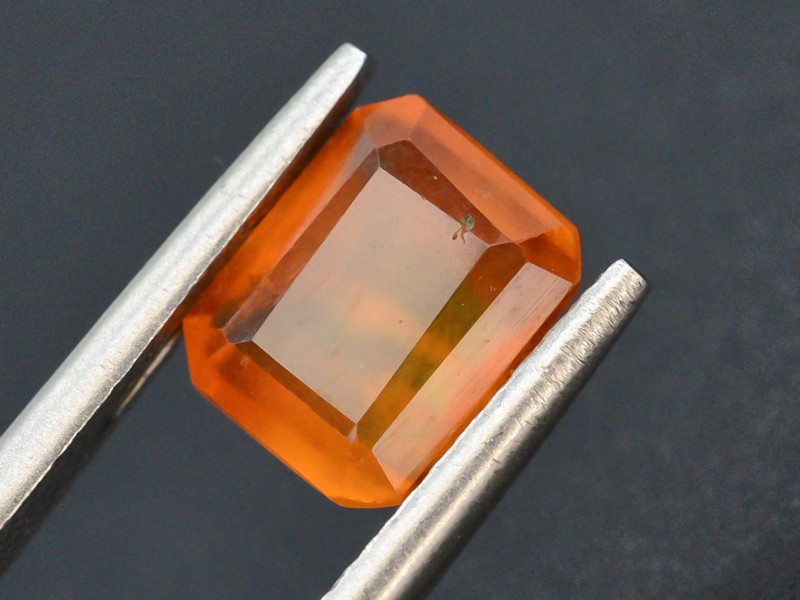Top Color1.75 ct Natural Hessonite Garnet ~ T