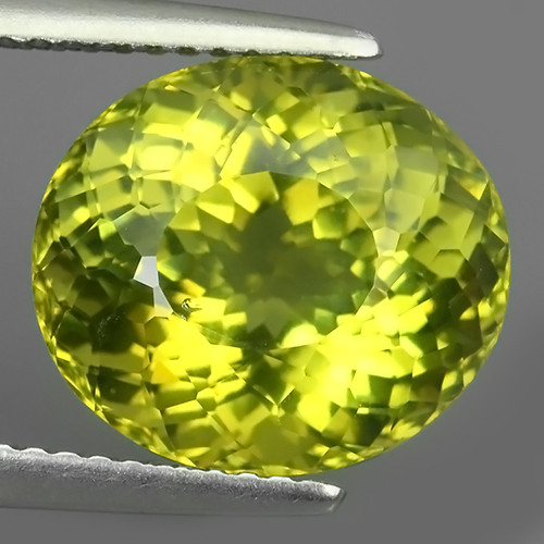 8.00 CTS INVESTMENT GEM - VIP APATITE - NICE GREEN EXCLUSIVE BRAZIL