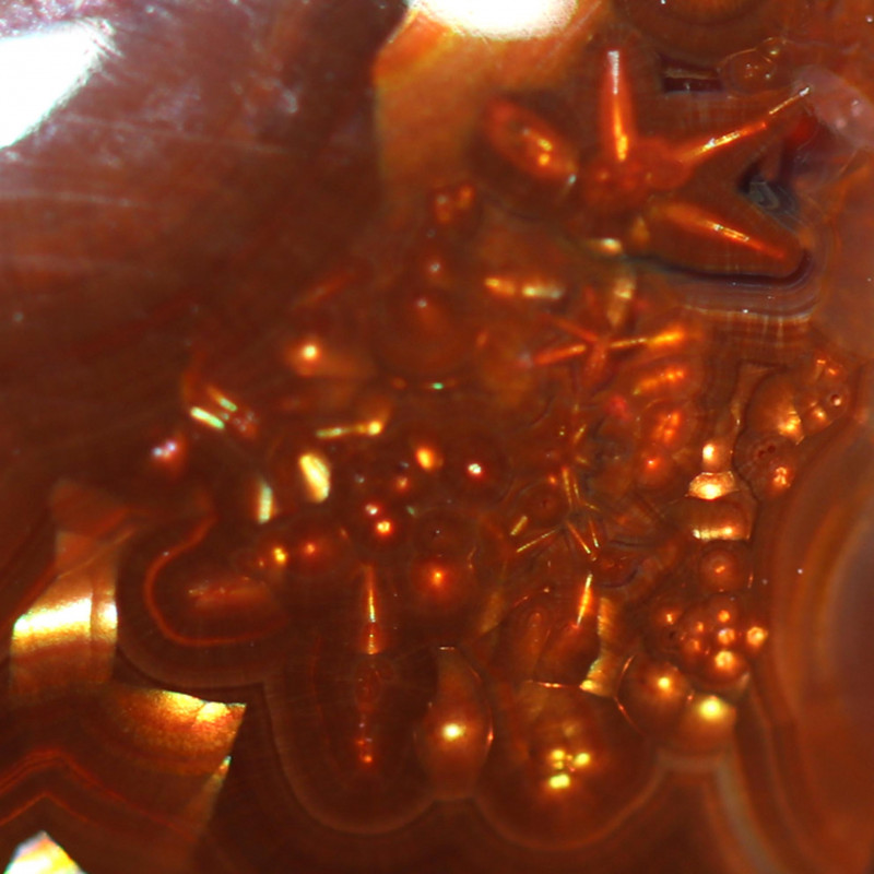 10.40 CTS FIRE AGATE FROM MEXICO  WITH RARE SPARKS!! STS3A]