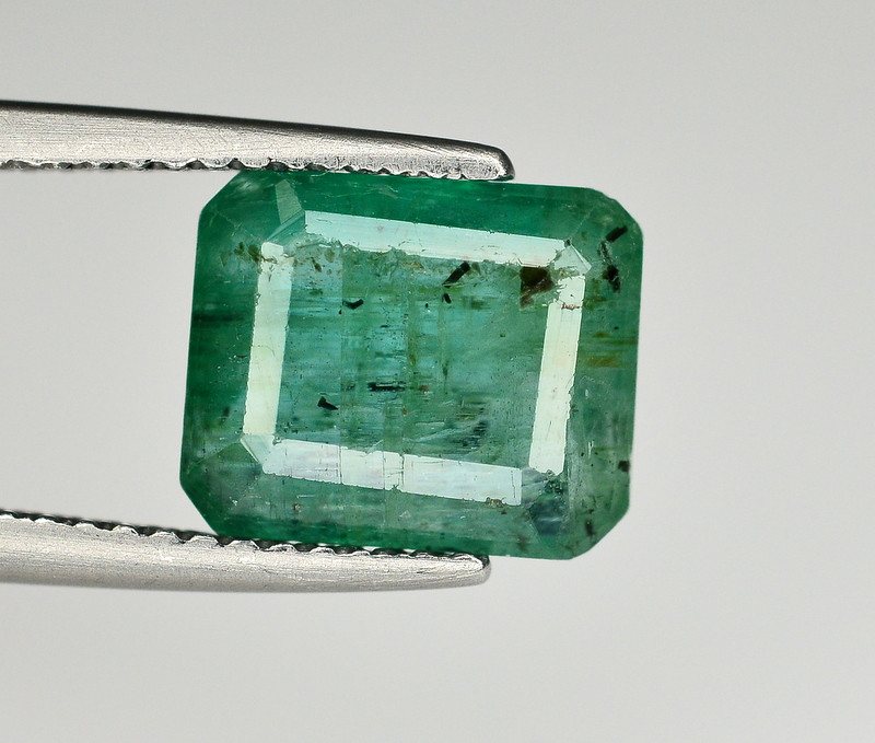 3.10 Ct Brilliant Color Natural Zambian Emerald