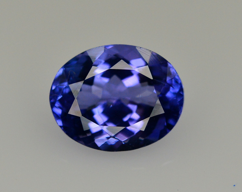 Natural Tanzanite 3.10 Ct AAA Color Top Quality ~ Gorgeous