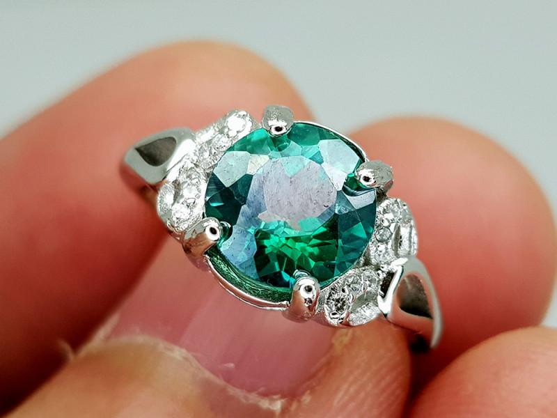 6.85Crt Green Topaz Stone JICT19