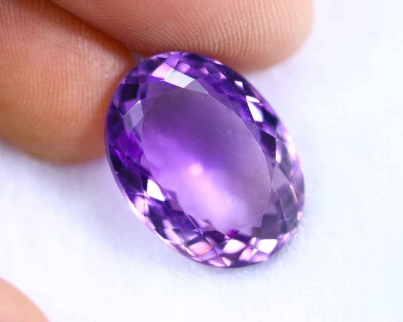 13.15cts Natural Purple Colour Amethyst / RD933