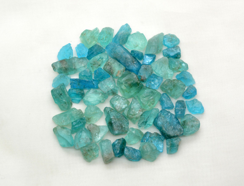 255 CT Natural Top Quality Apatite @Africa