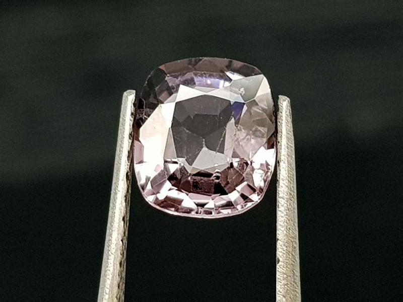 1.05Crt Natural Spinel Natural Gemstones JI107