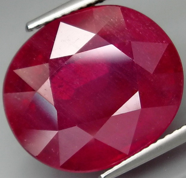 21.84  Cts. Top Quality Blood Red Natural Ruby Madagascar Gem