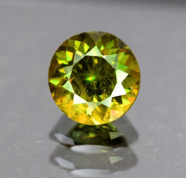 0.75 carats AAA Color Full fire  Natural Chrome Sphene Loose Gemstone
