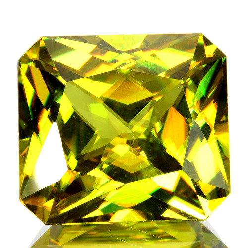 ~PRETTY~ 7.70 Cts Natural Olive Green Sphene Radiant Cut Russia