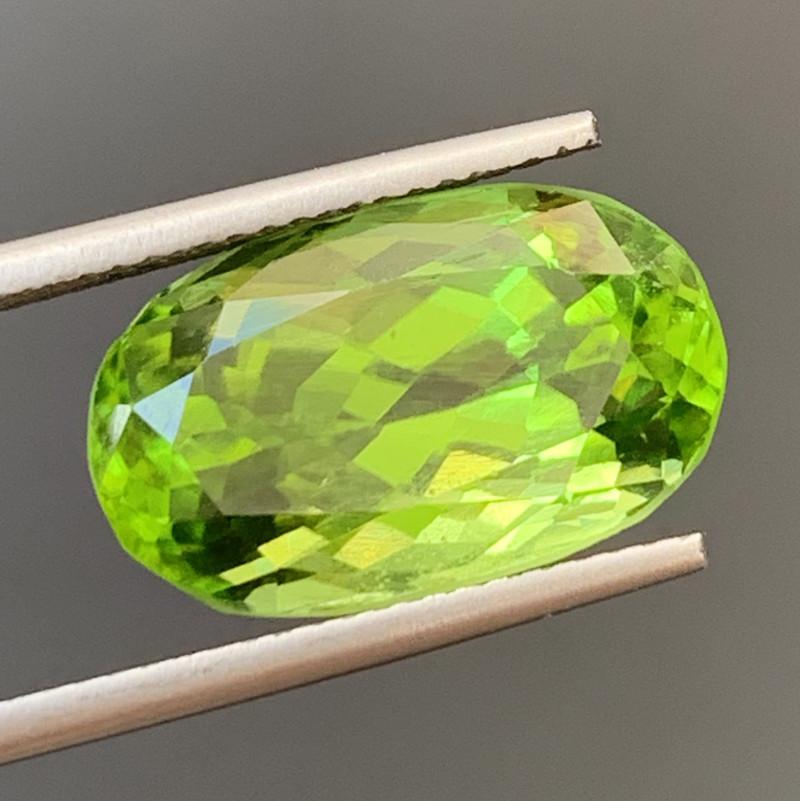 10.84 Carats  Peridot Gemstones