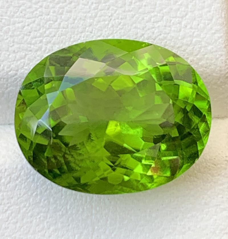 15.40 Carats  Peridot Gemstones