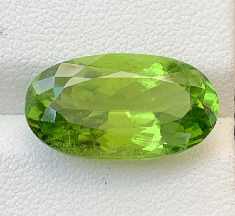 9.80 Carats  Peridot Gemstones