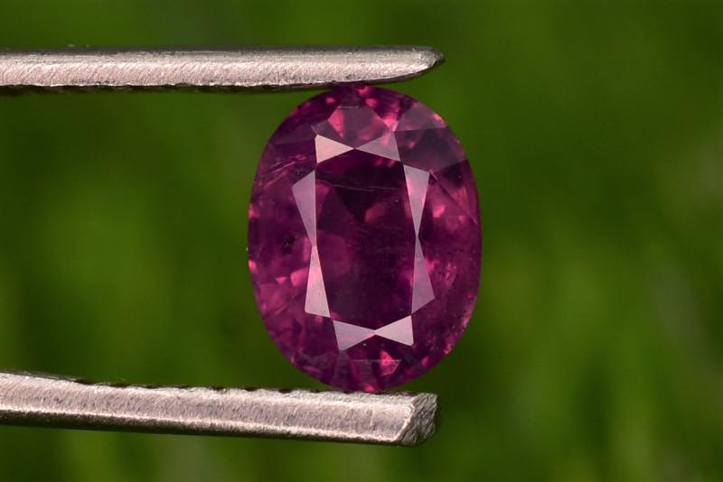 Kashmir Sapphire Purplish Red 1.60 ct,    Free shipping
