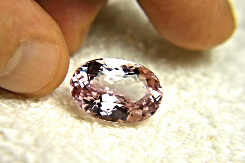 27.4 Carat VVS Purple / Pink Himalayan Kunzite - Superb