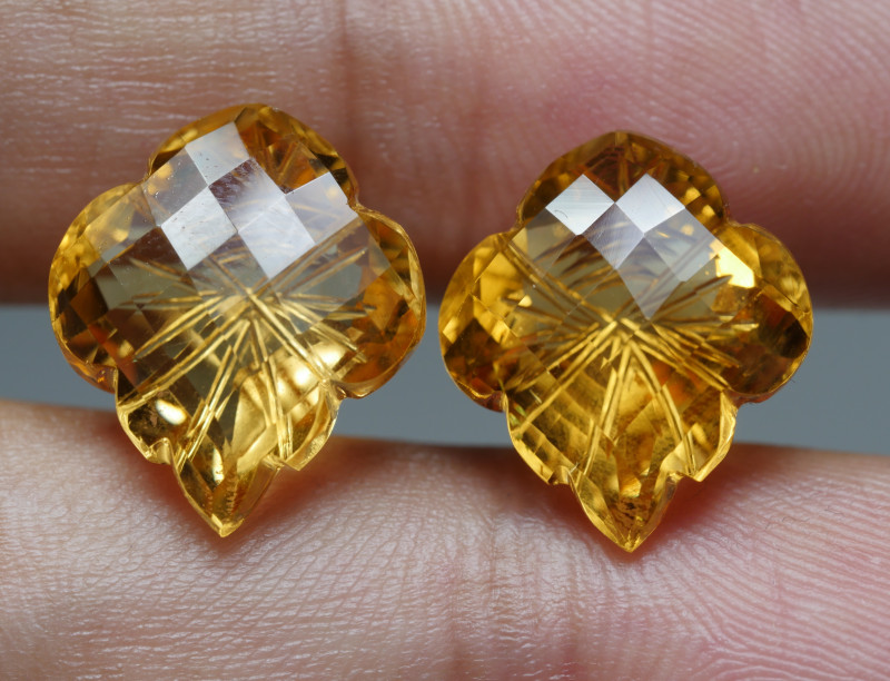 15.5CRT BREAUTY PAIR YELLOW CITRINE CARVING -