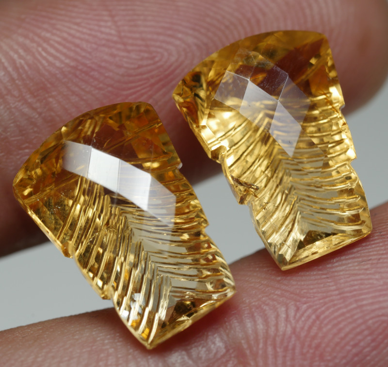 13.0CRT BEAUTY PAIR YELLOW CITRINE CARVING -