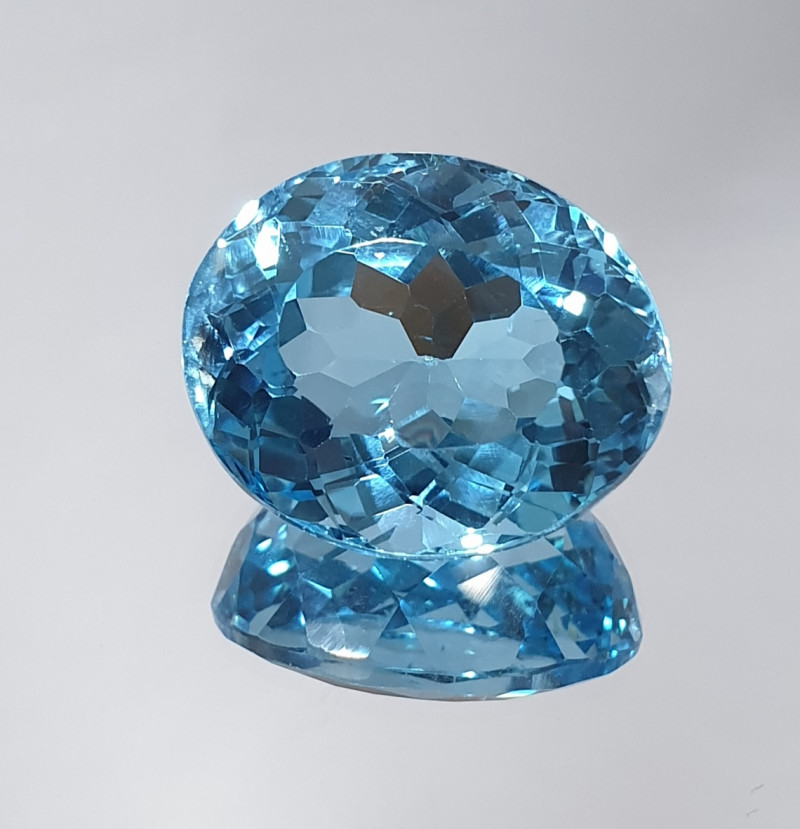 21.34 Ct Blue Topaz Oval 17.5x14.5mm Top Color(SKU 147)