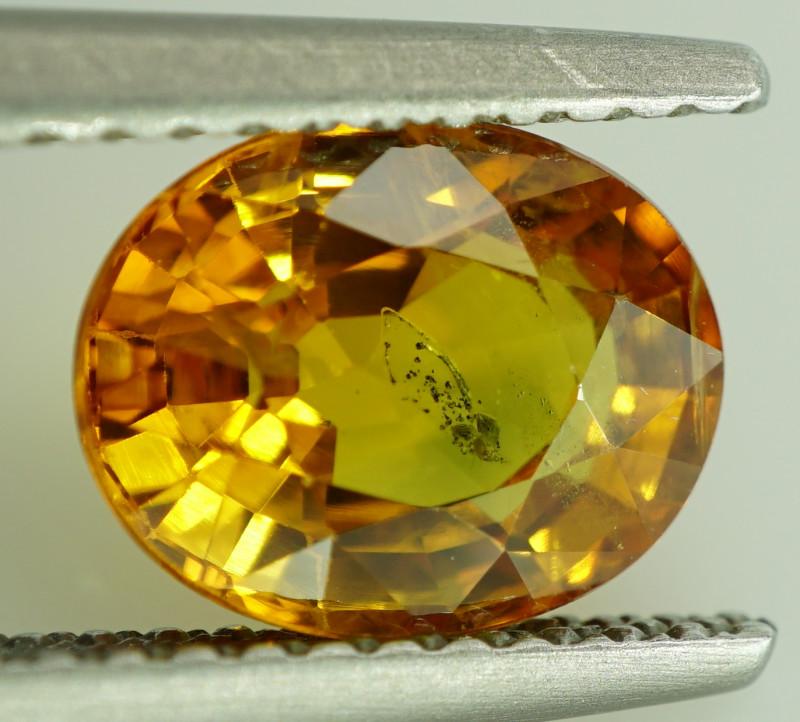 CERTIFIED 2.34 ct. NATURAL ORANGE  SAPPHIRE