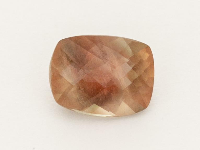 1.3ct Checkered Red / Peach Rectangle Cushion Oregon Sunstone (S2566)