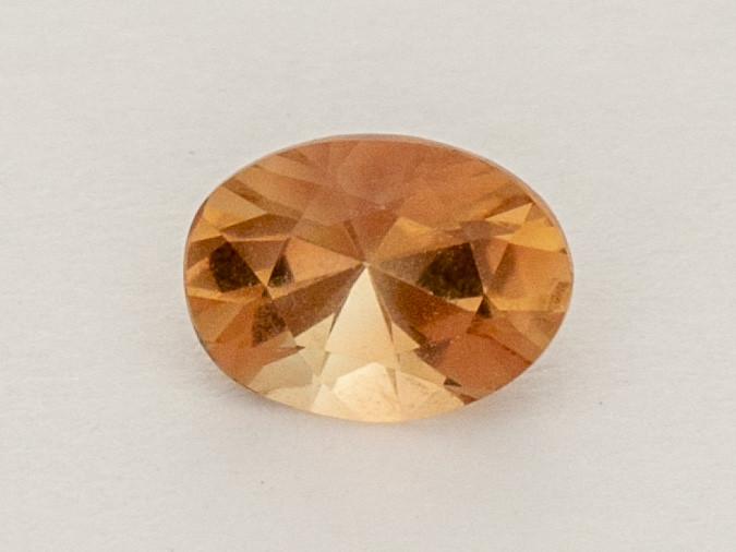 0.7ct Peach Oval Oregon Sunstone (S2569)