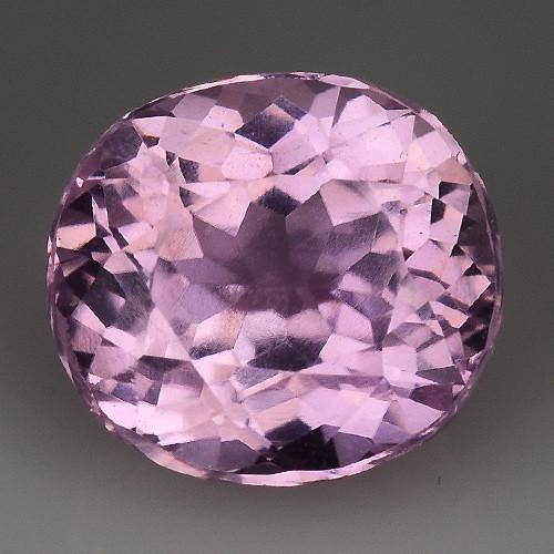 3.82 Ct Kunzite Top Quality Pakistan Gemstone. KZ 46
