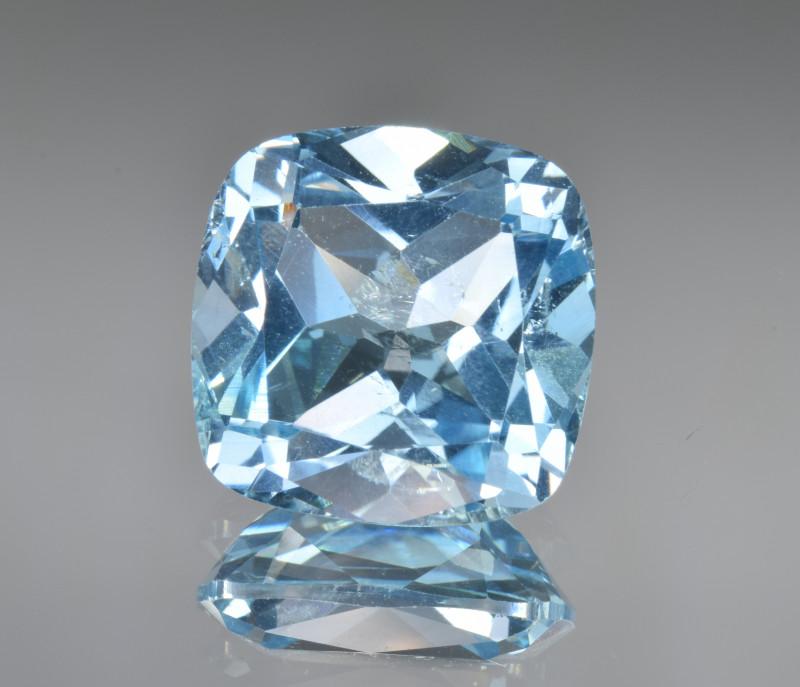 Natural Blue Topaz 13.29 Cts Top Clean Gemstone