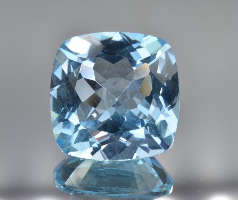 Natural Blue Topaz 13.51 Cts Top Clean Gemstone