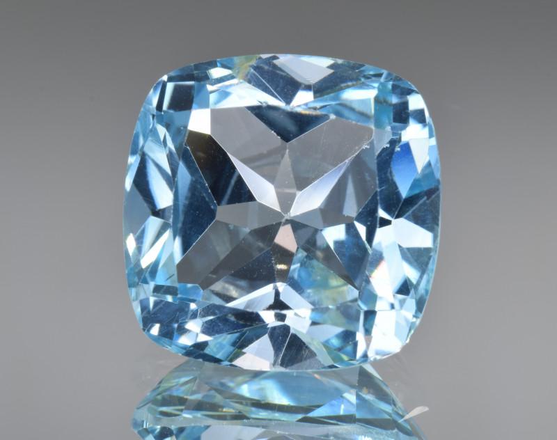 Natural Blue Topaz 13.56 Cts Top Clean Gemstone
