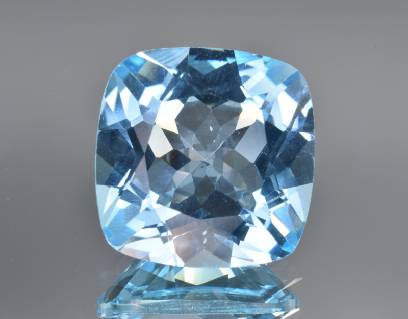 Natural Blue Topaz 13.62 Cts Top Clean Gemstone