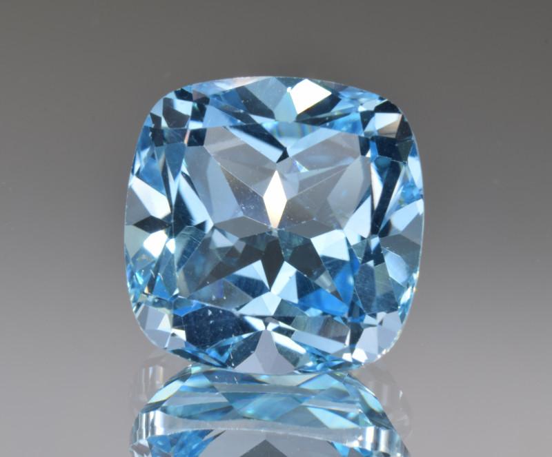 Natural Blue Topaz 14.14 Cts Top Clean Gemstone