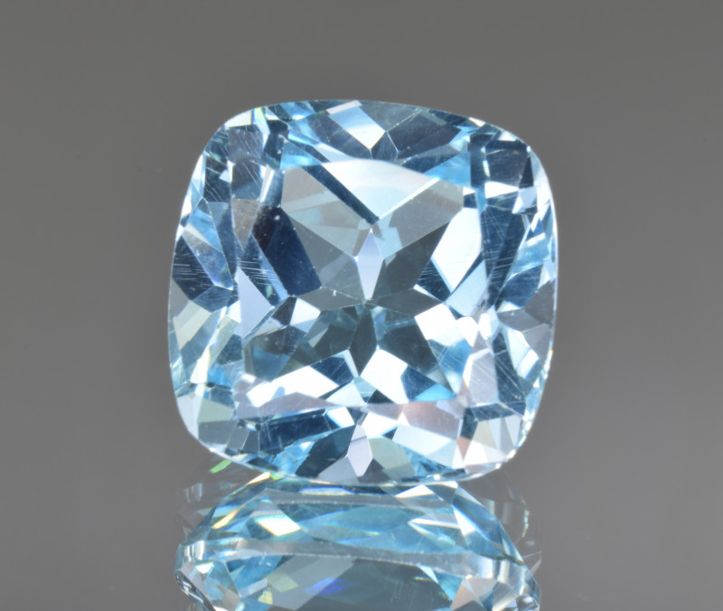 Natural Blue Topaz 14.19 Cts Top Clean Gemstone