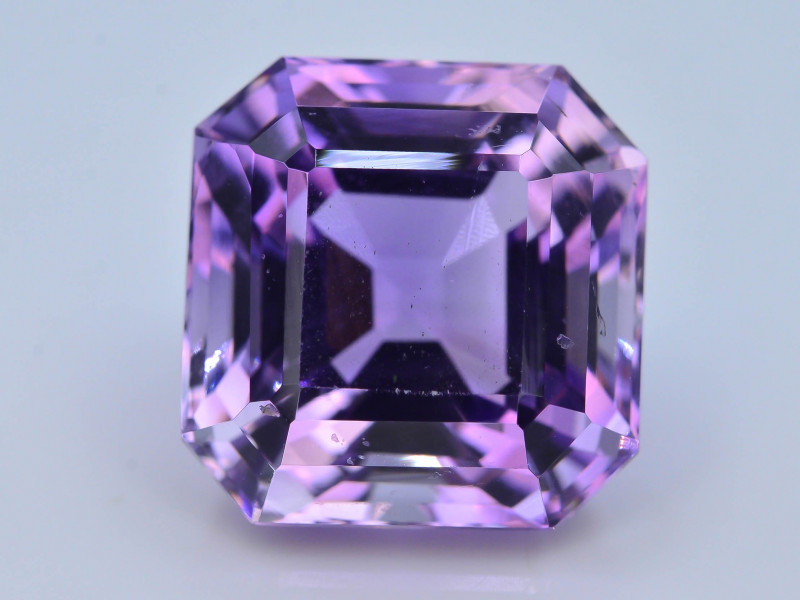 AAA Cut & Color  11.70 ct  Untreated Amethyst