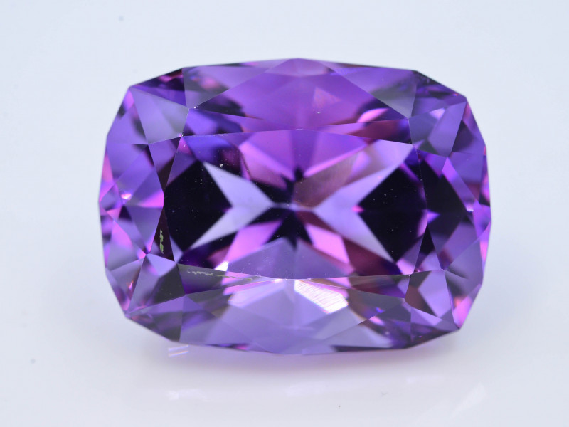 AAA Cut & Color  32.05 ct  Untreated Amethyst