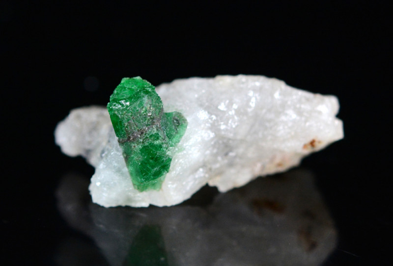 44 CT Beautiful Emerald From Swat,Pakistan