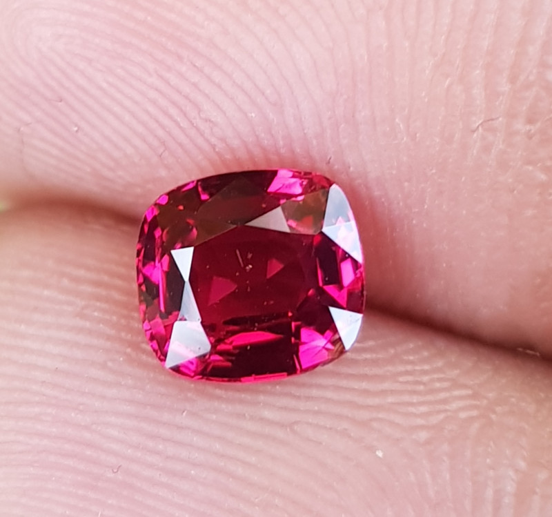 NO TREAT 1.08 CTS NATURAL STUNNING CUSHION MIX RED SPINEL FROM BURMA