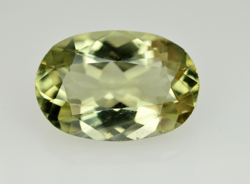 7.30 CERT NATURAL GREEN BERYL GEMSTONE