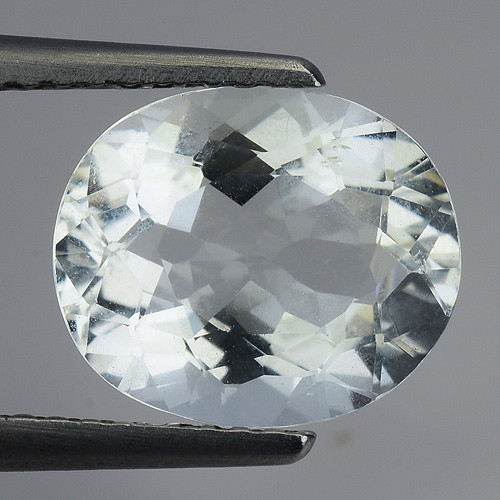2.57 Ct Natural Aquamarine Top Luster Gemstone. AQ 12