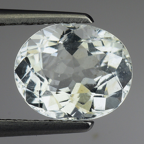 1.98 Ct Natural Aquamarine Top Luster Gemstone. AQ 19
