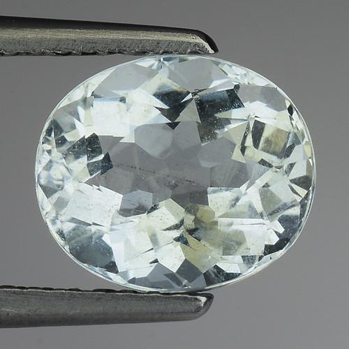1.95 Ct Natural Aquamarine Top Luster Gemstone. AQ 20