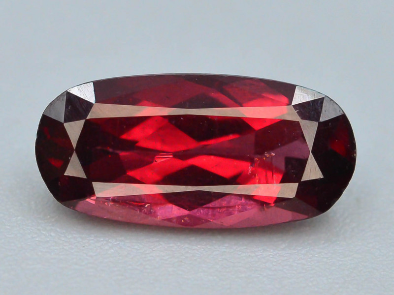 Rare Top Color 2.90 ct Malawi Raspberry  Umbalite Garnet ~ t