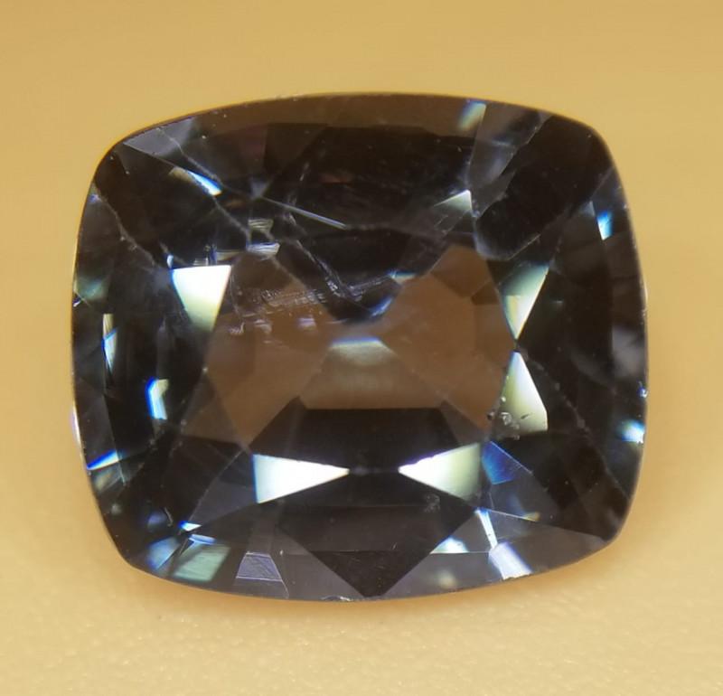 Spinell, 2.65ct, schöne Farbe super Stein!  SI
