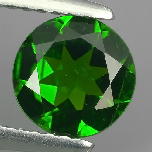 1.10 Cts MARVELOUS RARE ROUND NATURAL TOP GREEN- CHROME DIOPSIDE~