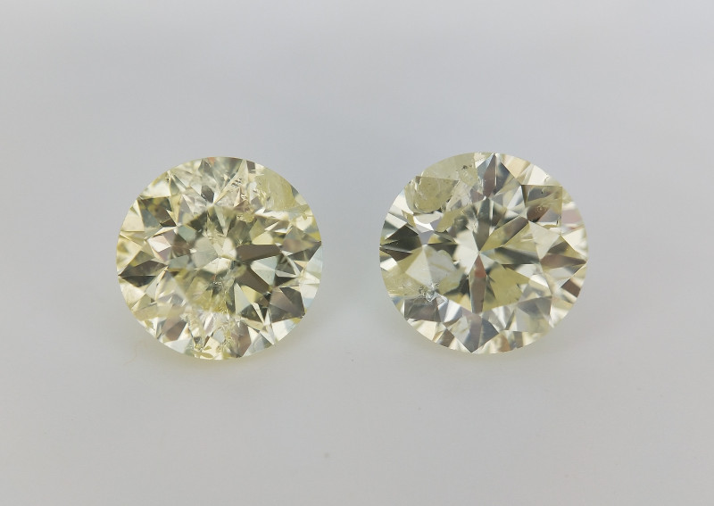 1.41 cts , Untreated Unheated Diamonds pair